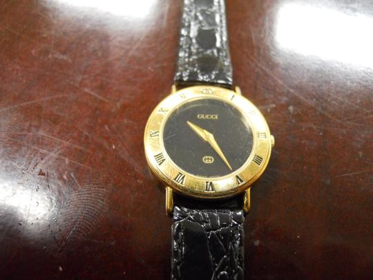 Gucci Timeless Women's Gucci Watch Model 3000l Swiss Accurate Time New Band Image 6