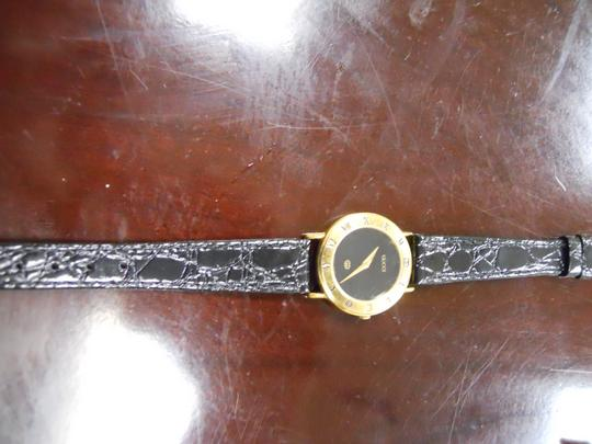 Gucci Timeless Women's Gucci Watch Model 3000l Swiss Accurate Time New Band Image 8