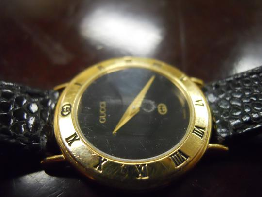 Gucci Timeless Women's Gucci Watch Model 3000l Swiss Accurate Time New Band Image 9