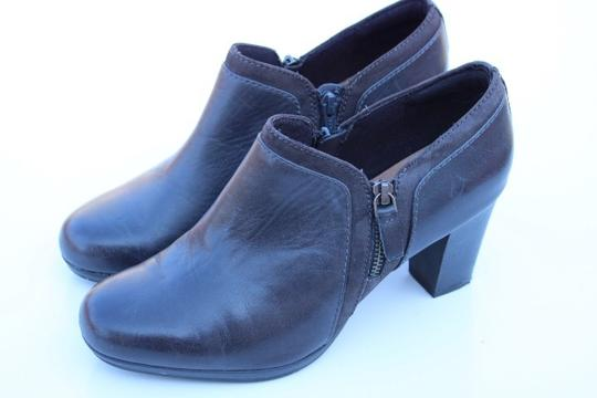 Clarks gray Boots Image 10