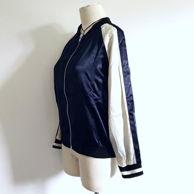 Essue blue/white Jacket Image 1