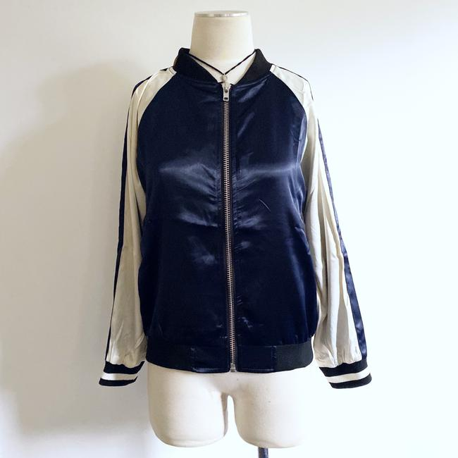 Essue blue/white Jacket Image 2