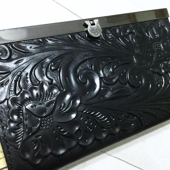 Patricia Nash Designs Italian Leather Cauchy Embossed Floral Framed Organizer RFID Wallet Image 1