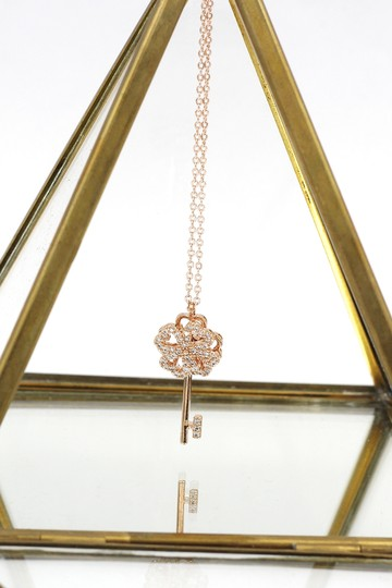 Ocean Fashion Rose gold four-leaf clover crystal key necklace Image 2