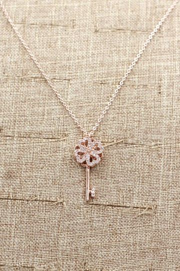Ocean Fashion Rose gold four-leaf clover crystal key necklace Image 5
