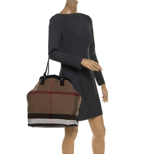 Burberry Canvas Leather Tote in Beige Image 2