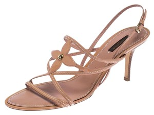 Louis Vuitton Leather Patent Leather Strappy Beige Sandals