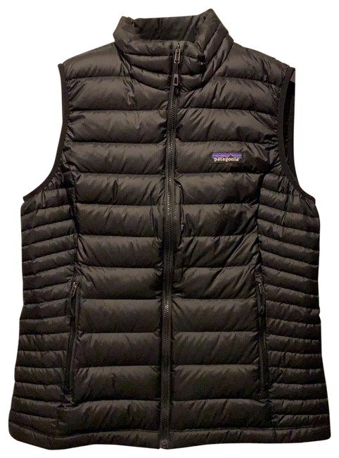Preload https://item3.tradesy.com/images/patagonia-black-down-sweater-vest-size-8-m-26389932-0-2.jpg?width=400&height=650