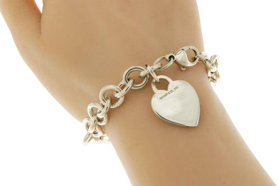 Tiffany & Co. Tiffany & Co 925 Sterling Silver Heart Tag Charm Bracelet Size 6.75 Image 1