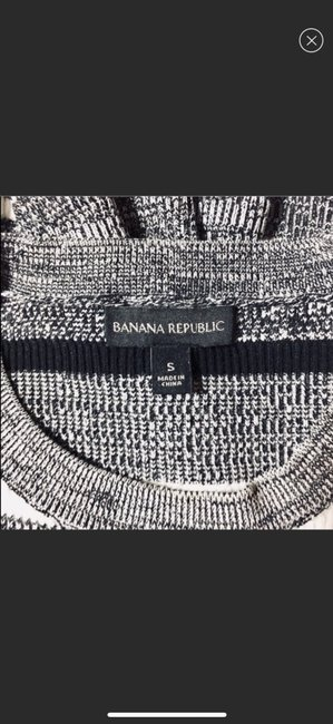 Banana Republic Sweater Image 5