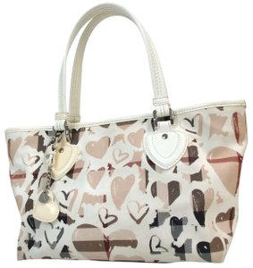 Burberry Tote in beige red white Black