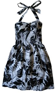 Papaya short dress black, white on Tradesy