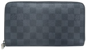 Louis Vuitton Louis Vuitton Black Zippy Damier Graphite Wallet