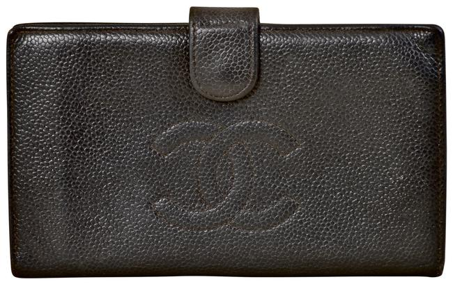 """Item - Black 6.85"""" Cc Logo Caviar Leather Bifold with Kisslock Coin Wallet"""