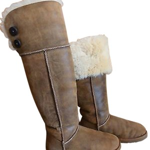 UGG Boots black,brown,chesnut Boots