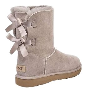 UGG Australia Oyster Boots
