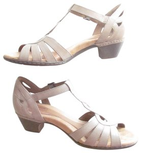 Rockport Cobb Hill T Strap Strappy Cutout Wide Tan, Khaki Sandals