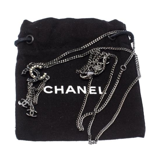 Chanel Chanel Crystal and Faux Pearl CC Gunmetal Tone Necklace Image 5