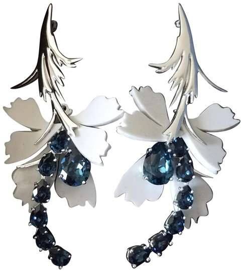 Preload https://img-static.tradesy.com/item/26409329/blue-gray-silicone-and-crystal-earrings-0-1-540-540.jpg