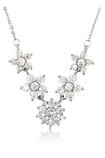Preload https://img-static.tradesy.com/item/26409337/silver-mini-crystal-flowers-clavicle-necklace-0-0-540-540.jpg
