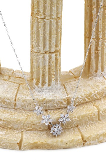 Ocean Fashion Silver mini crystal flowers clavicle necklace Image 5
