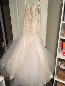 Tara Keely White Oyster Tulle Romantic Drop Waist Floral Skirt Feminine Wedding Dress Size 10 (M)
