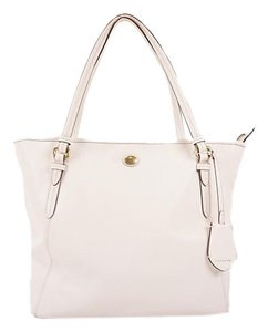 Coach Tote in White - item med img