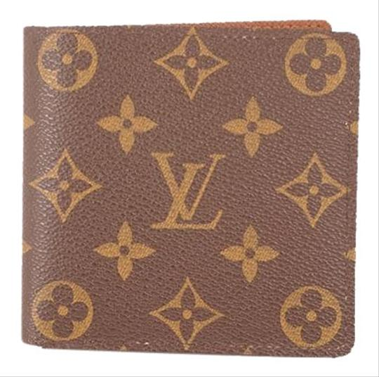 Preload https://img-static.tradesy.com/item/26411760/louis-vuitton-brown-folded-monogram-portofeuil-marco-m62288-ca0038-wallet-0-1-540-540.jpg