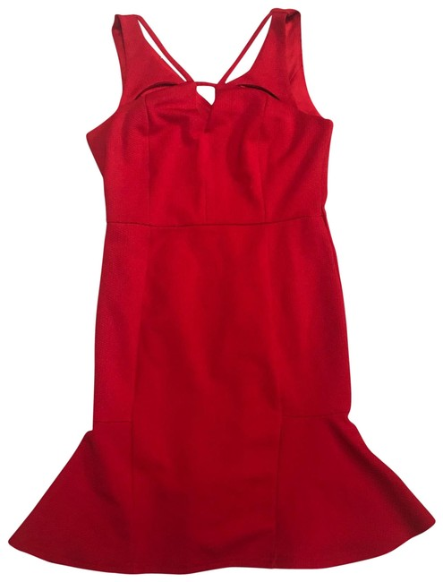 Preload https://img-static.tradesy.com/item/26411772/red-trumpet-style-short-casual-dress-size-6-s-0-1-650-650.jpg