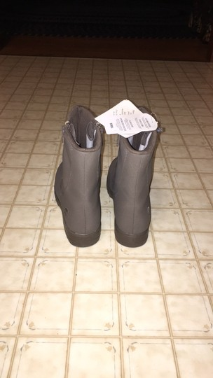 totes taupe Boots Image 3