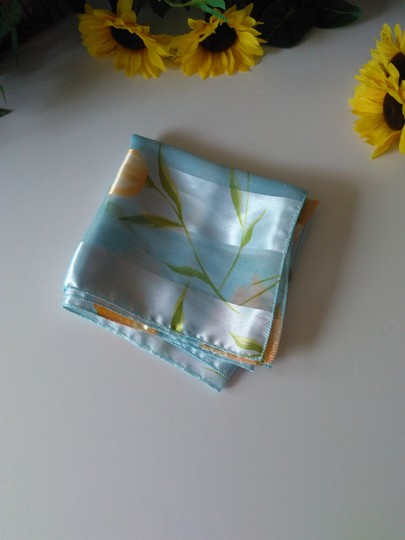 Vintage Vintage Scarf Light Blue w/Yellow and Green Floral Image 4