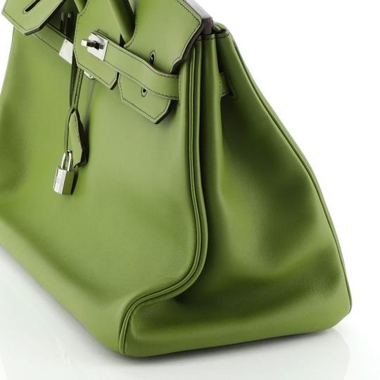 Hermes Leather Satchel in green Image 6