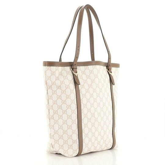 Gucci Canvas Tote in brown and neutral Image 1