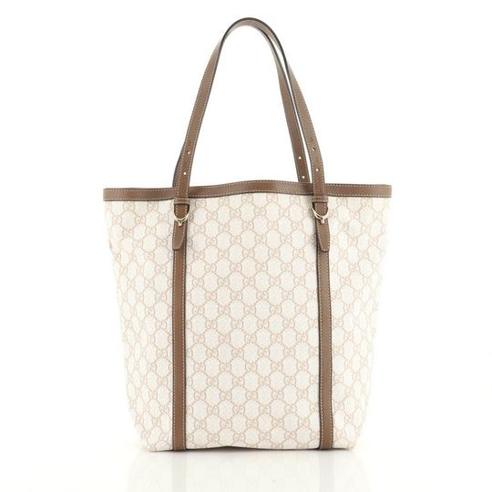 Gucci Canvas Tote in brown and neutral Image 2