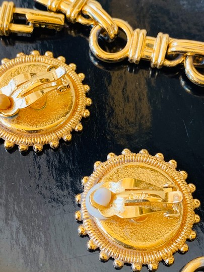 Carolee carolee bvlgari style coin necklace and earrings Image 3