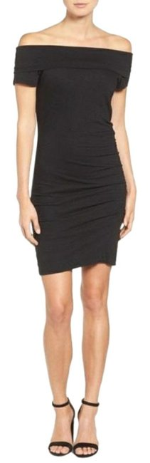 Item - Black Off The Shoulder Bodycon Ruched Short Night Out Dress Size 2 (XS)