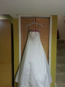 Alfred Angelo 1516 Wedding Dress