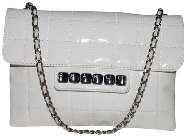 Item - Quilted Piano Cream Patent Leather Shoulder Bag