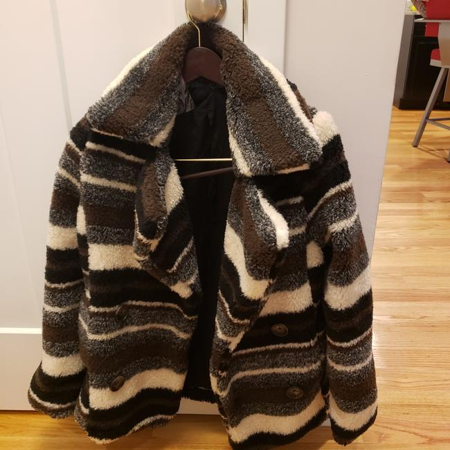 Item - Black/Grey/White . Coat Size 4 (S)