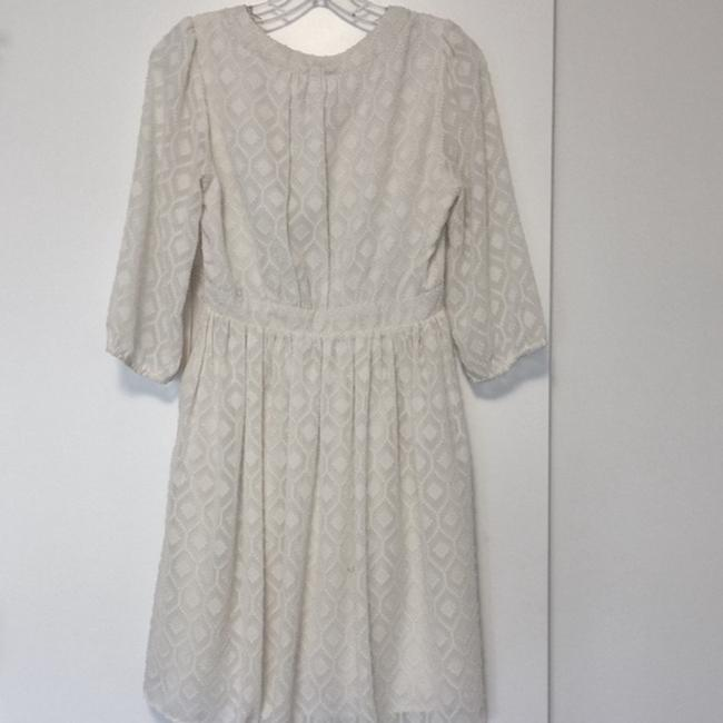 Skies Are Blue Ivory Xsmall Mid-length Formal Dress Size 2 (XS) Skies Are Blue Ivory Xsmall Mid-length Formal Dress Size 2 (XS) Image 2
