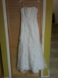 Alfred Angelo White Schiffli Lace Over Satin 1816 Formal Wedding Dress Size 8 (M)