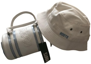 Roots ROOTS white blue bag & white hat set*NWT