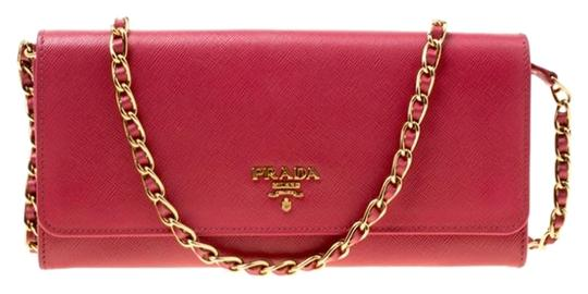 Preload https://img-static.tradesy.com/item/26420195/prada-pink-chain-saffiano-metal-leather-wallet-0-2-540-540.jpg