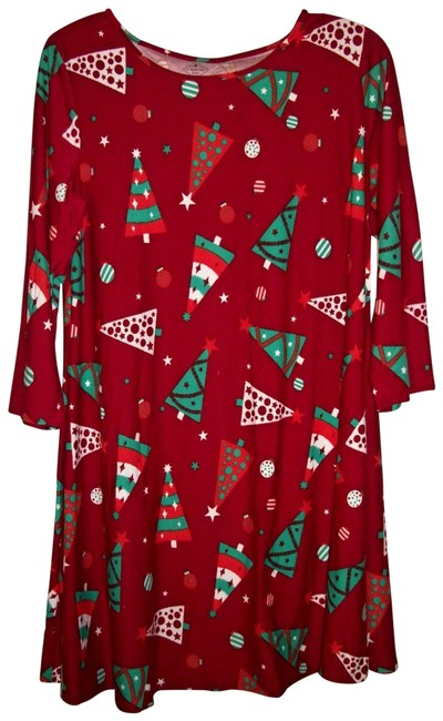 Item - Multicolor Red Christmas Holiday Tree Pattern Gown Size Medium