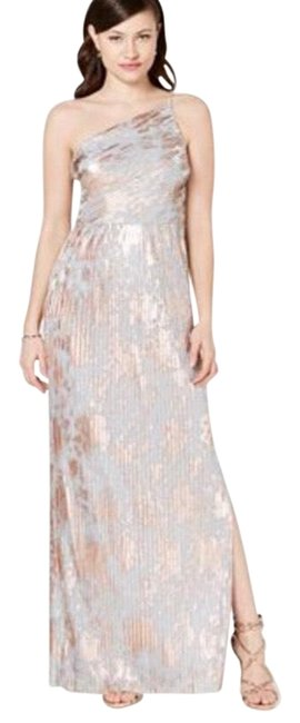 Item - Silver Gold Metallic Pleated Long Formal Dress Size 10 (M)