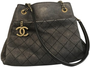 Chanel Italy Leather Distressed Quilted Shoulder Bag