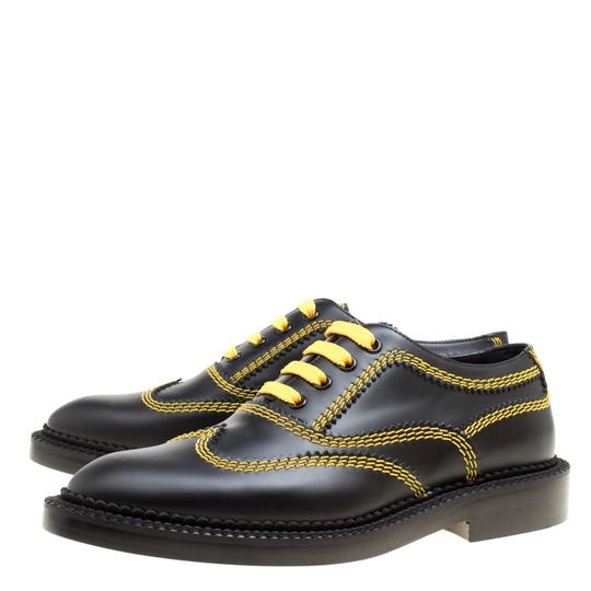 Burberry Leather Contrast Black Flats Image 3