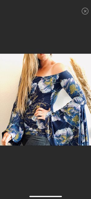 Free People Top blue Image 7