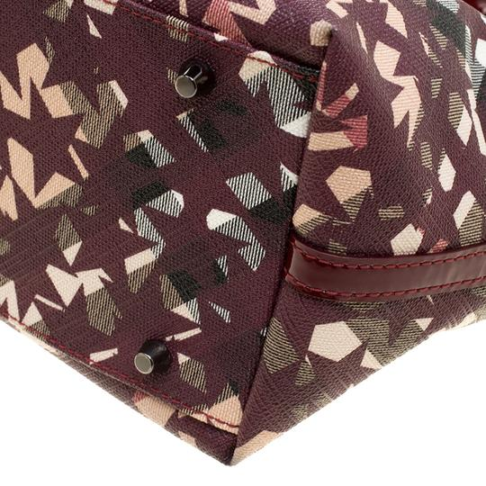 Burberry Pvc Canvas Tote in Tan Image 10