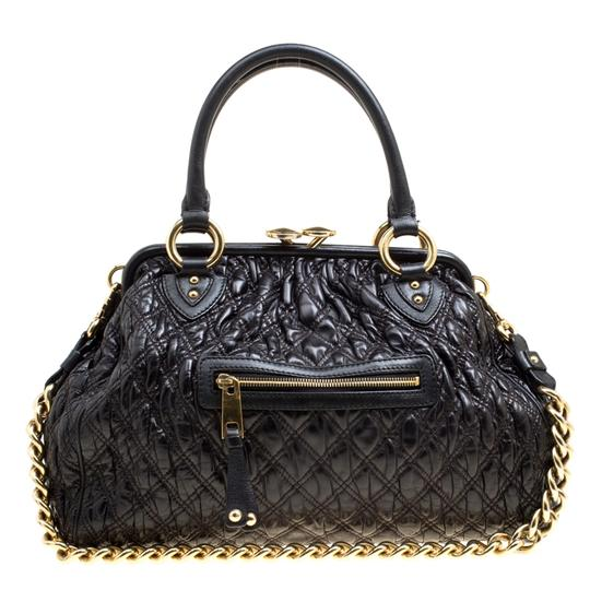 Preload https://img-static.tradesy.com/item/26427100/marc-jacobs-top-handle-bag-quilted-stam-black-leather-clutch-0-0-540-540.jpg